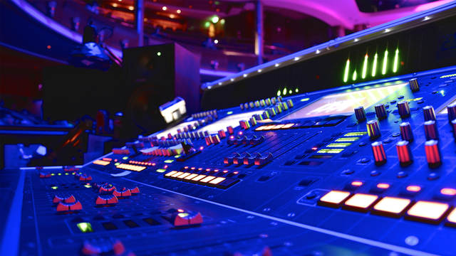 mixing live sound with zach varnell