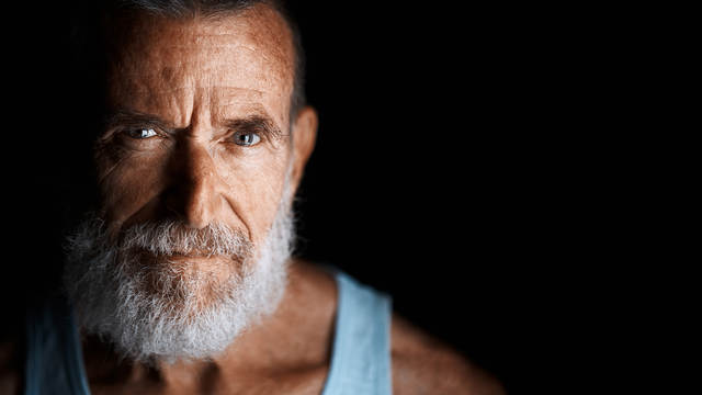 Powerful Portraits using Mirrorless Cameras with Miguel Quiles