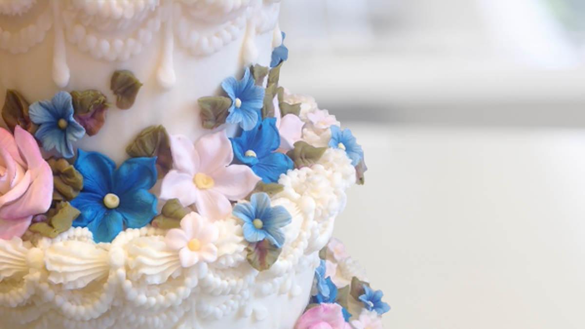 Sugar Paste Cake Decorating Cake Decorating Gorgeous Gum Paste Flowers With Lucinda Larson