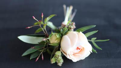 Boutonnieres & Attendant Bouquets